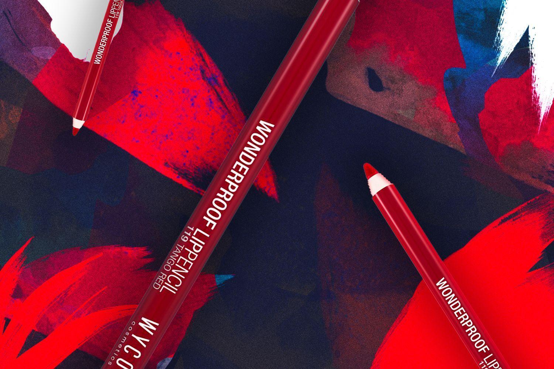 Get the look of Jeanne Damas Ottieni l'effetto Jeanne Damas con WYCON cosmetics in pochi e semplici step