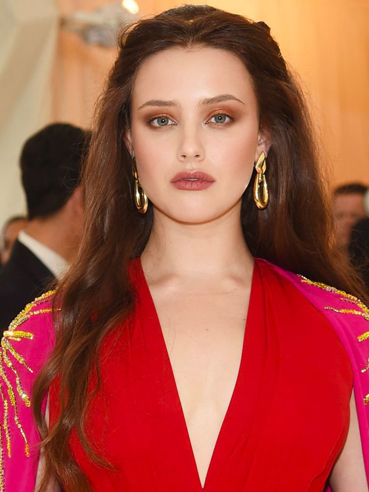Get the look of Katherine Langford Ottieni l'effetto Katherine Langford con WYCON cosmetics in pochi e semplici step